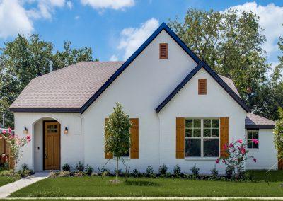 5837 Lyle Street Westworth Village | 3 Bed | 2 Bath | 2 Car | Now $408,500