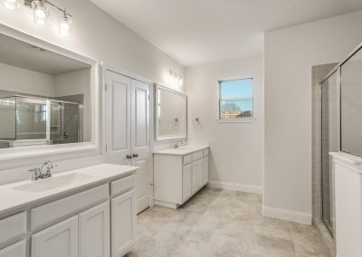 11-9820-chapparal-pass-fort-worth-tx-Master-Bath
