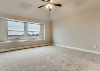 13-1117-denton-creek-justin-tx-master-bed