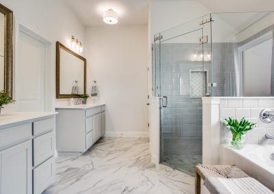 15-100-parkview-dr-master-bathroom