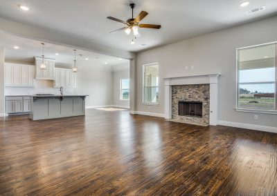 3-1117-denton-creek-drive-living-room