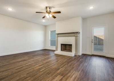 4-9820-chapparal-pass-fort-worth-tx-Living-Room