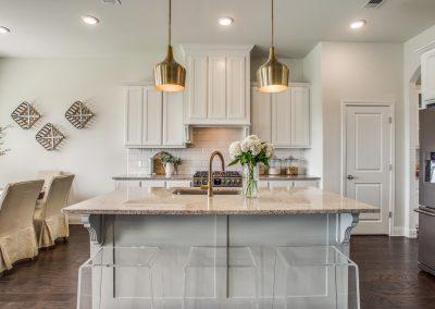 8-100-parkview-dr-kitchen