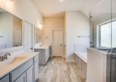 8-860-highland-ave-aledo-tx-master-bathroom