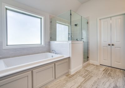9-860-highland-ave-aledo-tx-master-bathroom