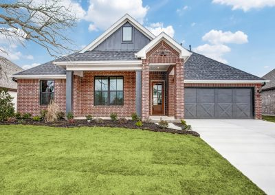 MOVE-IN READY | 817 Highlands Avenue | Parks of Aledo | 4 Bed | 3 Bath | 2 Car | $439,000
