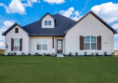 MOVE-IN READY | 128 Saddle Ridge Drive | Timber Creek Estates | 4 Bed | 3 Bath | Game Room | 2 Car | $399,500
